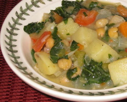 Creamy Potato-Vegetable Stew With Kale & Garbanzo Beans