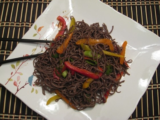 Organic Black Bean Spaghetti With Peppers