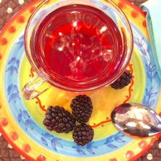 http://veganamericanprincess.com/handy-guide-to-teas-to-drink-for-health-benefits/