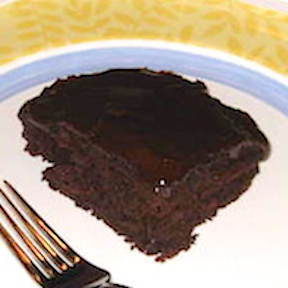 http://veganamericanprincess.com/vegan-chocolate-cake/
