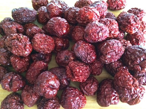 How to Make Jujube Tea (Hot & Cold) and the Many Health