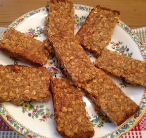 http://veganamericanprincess.com/isas-peanut-butter-granola-bars-from-forks-over-knives-cookbook/
